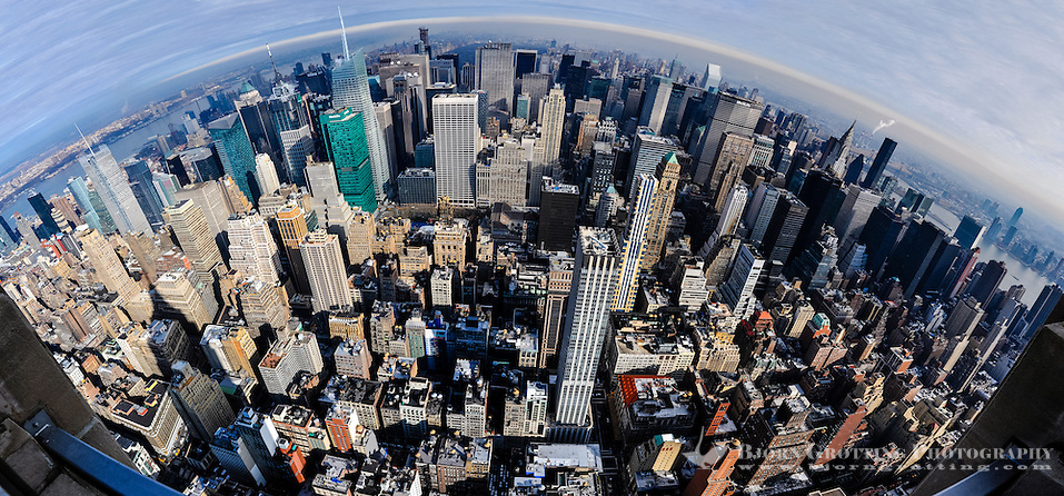 US, New York City. View from the Empire State Building observation deck. Stitched panorama. (Photo Bjorn Grotting)