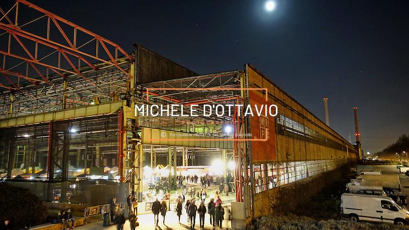 la prima festa del vino e dello street food a Torino, in programma, dal 19 al 21 febbraio, presso gli spazi Mrf (corso Settembrini 178) ex aree industriali di Mirafiori. (Michele D'Ottavio | buenavista)