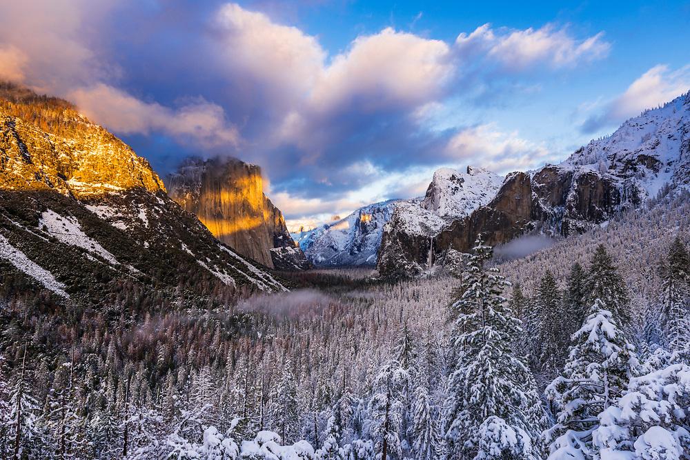 Winter sunset over Yosemite Valley, Yosemite National Park, California
