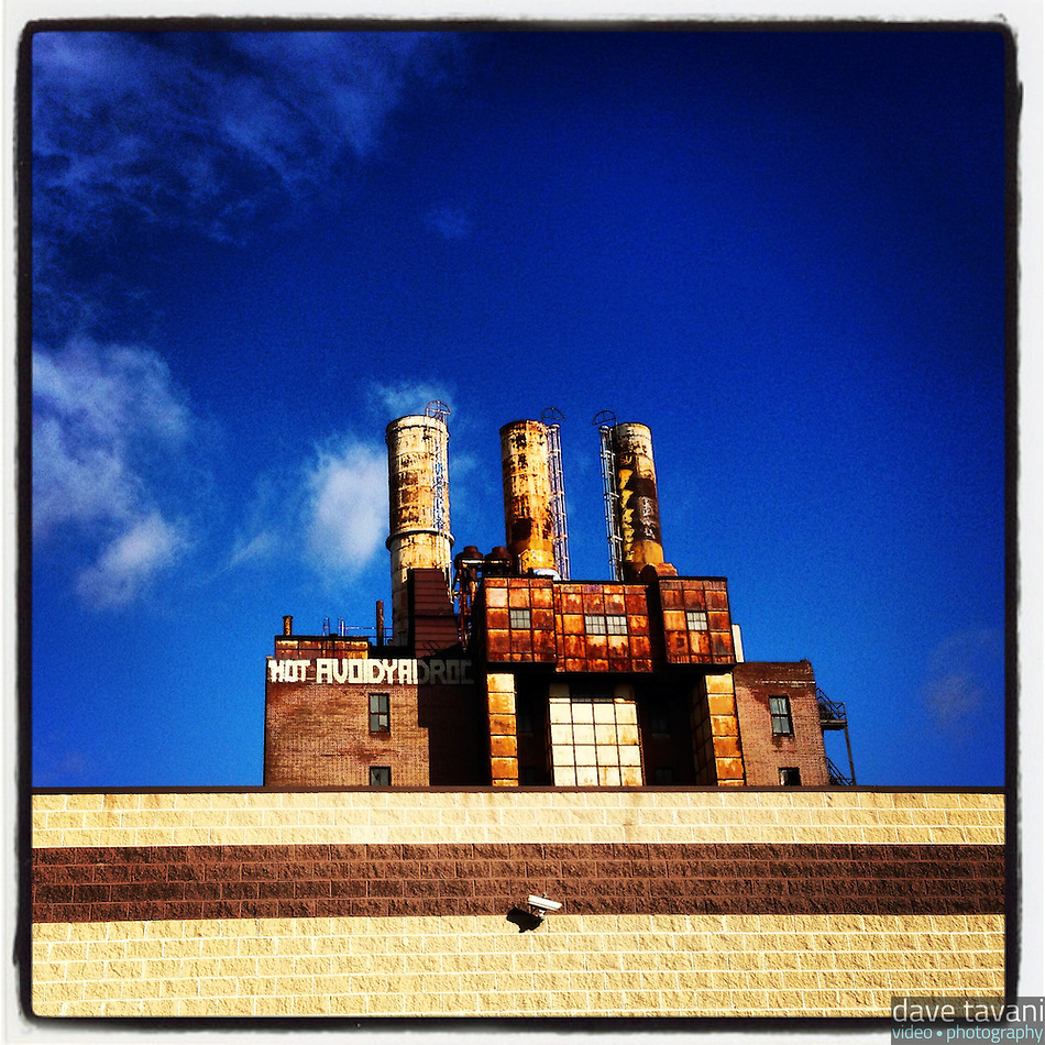 The sun shines on the old Willow Steam Plant at 9th and Callowhill in Philadelphia, December 27, 2012. (Dave Tavani)