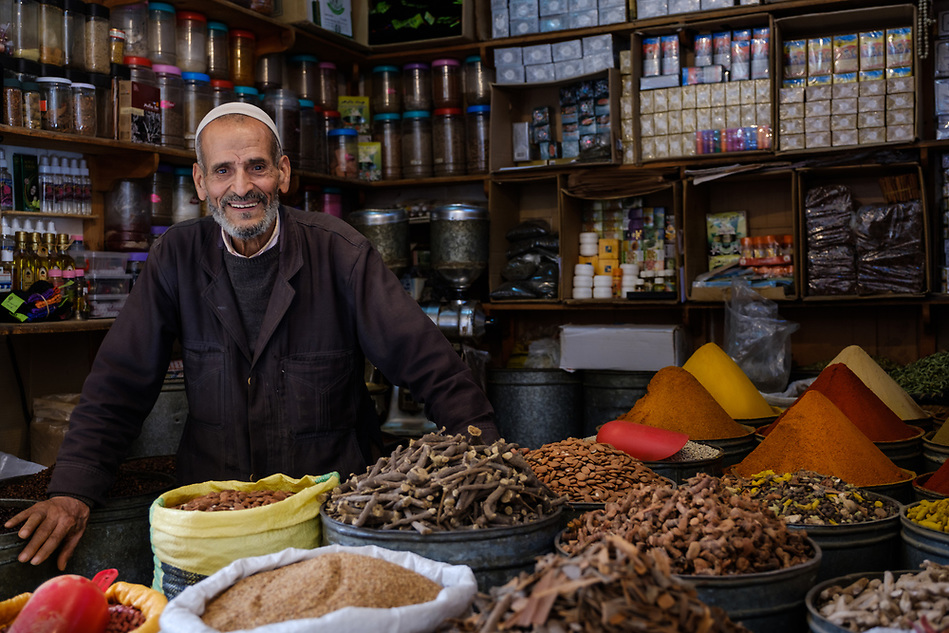 FEZ, MOROCCO - CIRCA APRIL 2017: Portrait of Moroccan merchant at the Medina in Fez (Daniel Korzeniewski)