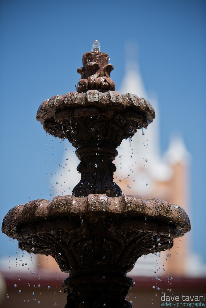 The fountain at Don Luis Plaza in Old Town Albuquerque sits across the street from San Felipe de Neri Church. (Dave Tavani)