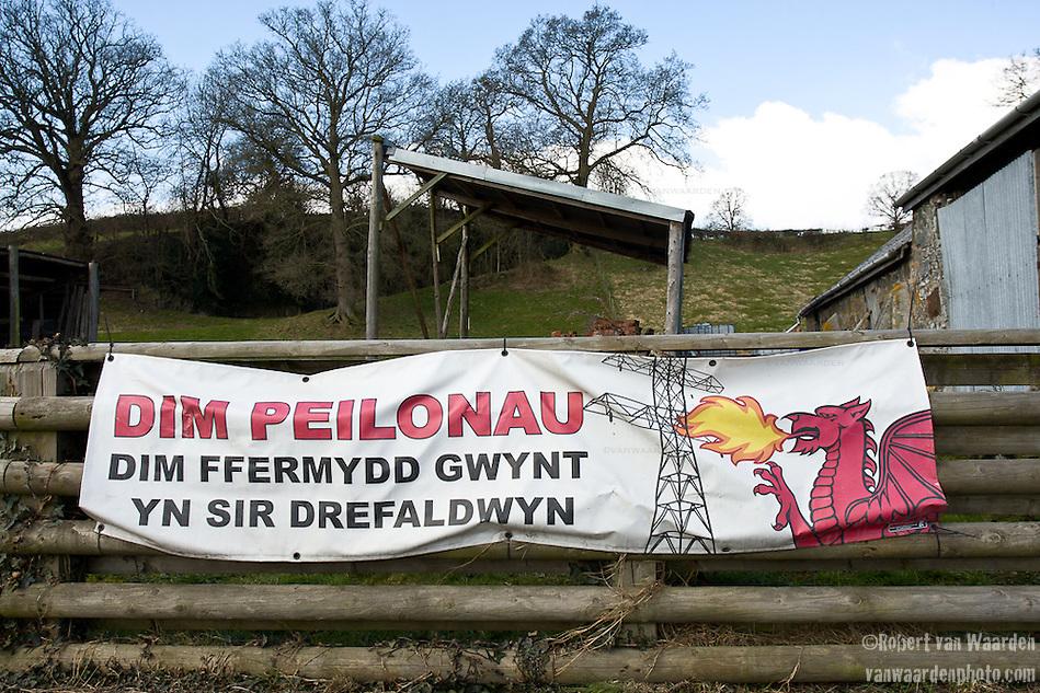 A typical anti-turbine farm in mid Wales. Translation: No Pylons.No Wind farms in Montgomeryshire (Robert van Waarden)