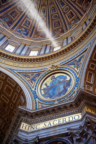 The dome interior  of St Peter's by Michelangelo , The Vatican, Rome (Paul Williams)