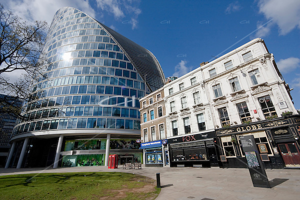 architecture in the city of london (Christopher Holt LTD - LondonUK/Image by Christopher Holt - www.holtcivils.com)