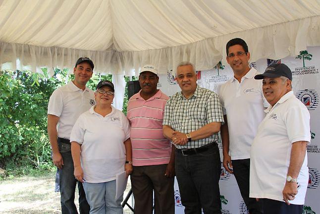 Luis Vargas, Lizzie Sanchez, Mariano Morla, José María Sosa, Augusto Ramírez, Danilo Miñoso