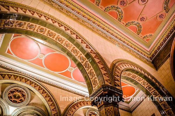Tiled Ceiling & Arches, Dr Duncan's Pub, Liverpool - Photo By Simon Kirwan