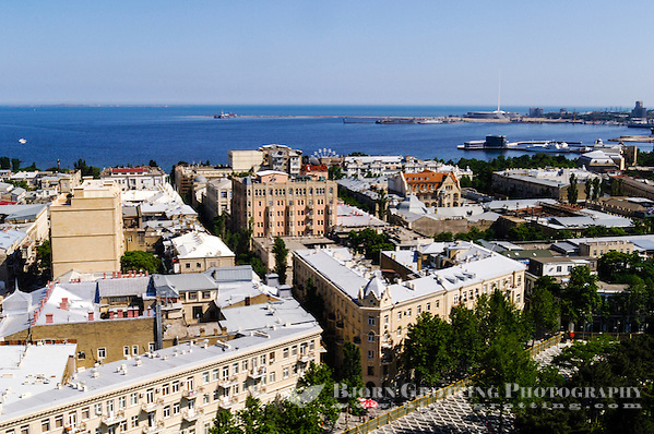 Azerbaijan, Baku. Baku city view with tha harbour and the Caspian Sea in the background. (Photo Bjorn Grotting)