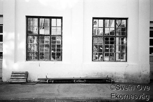 Knuste vinduer. Foto: Svein Ove Ekornesvåg (Svein Ove Ekornesvåg)