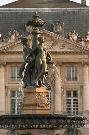 Bordeaux facade and fountain