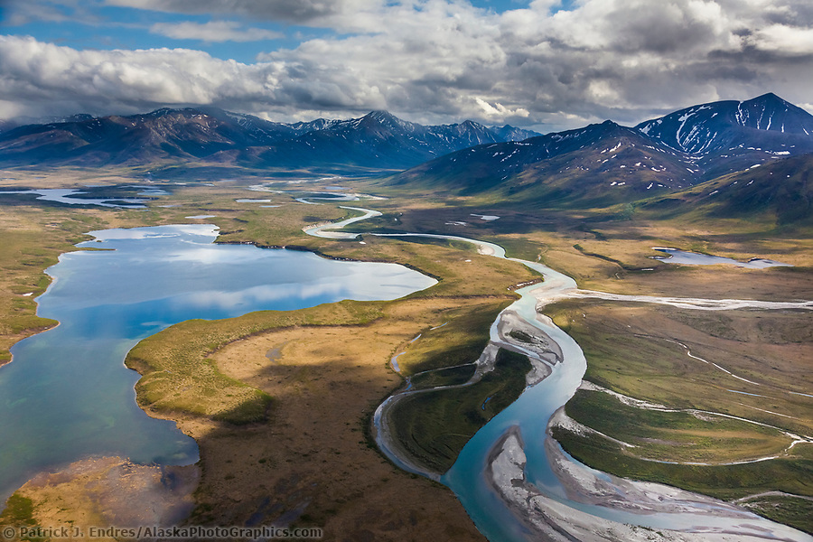 Gates of the Arctic National Park photos: Aerial of lake matcharak and the Noatak River in the Brooks Range, Gates of the Arctic National Park, Alaska. (Patrick J. Endres / AlaskaPhotoGraphics.com)