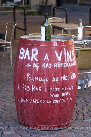 A wine bar, bar a vin, Bordeaux