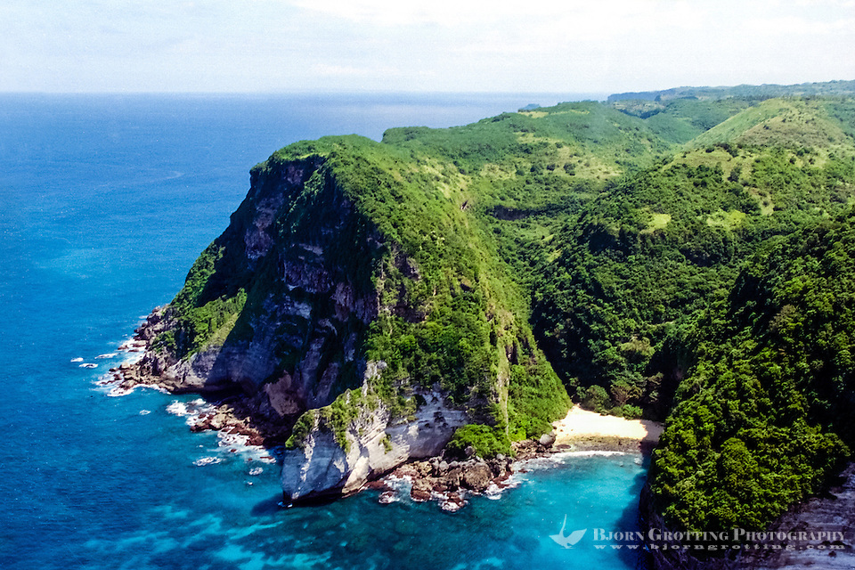 Nusa Tenggara, South Lombok. The southern coast of Lombok is not easily accessible with its high cliffs and lack of roads. This is south on the soutwestern peninsula (from helicopter). (Bjorn Grotting)