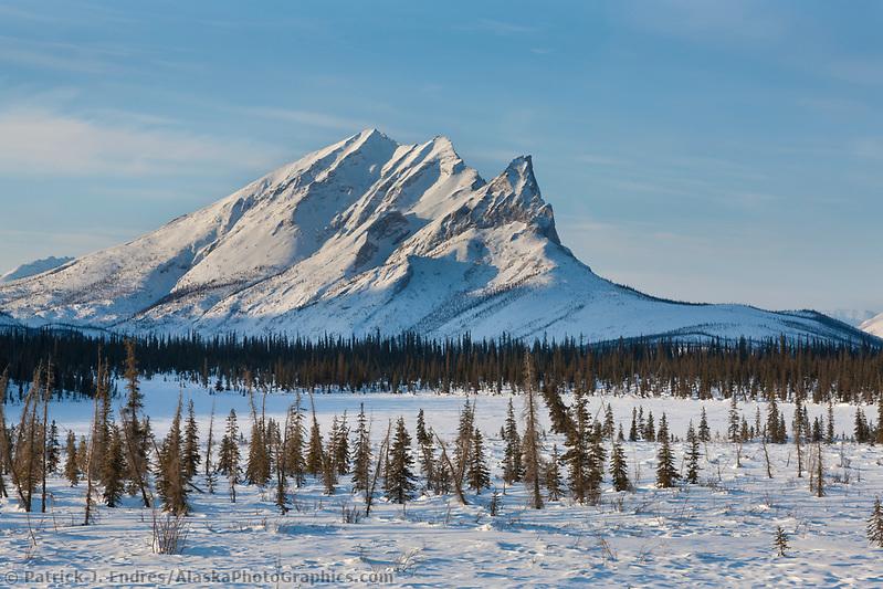 Mount Sukakpak, Brooks range, arctic, Alaska. (Patrick J. Endres / AlaskaPhotoGraphics.com)