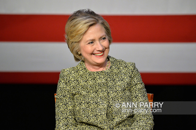 """""""Port Washington, New York, USA. 11th April 2016. HILLARY CLINTON, leading Democratic presidential primary candidate, has a discussion on gun violence prevention with Rep. S. Israel, and with activists who lost family members due to shootings. Clinton, the former Secretary of State and U.S. Senator from New York, called for stronger gun legislation and vowed to take on the gun lobby NRA National Rifle Association. (© 2016 Ann Parry/AnnParry.com)"""