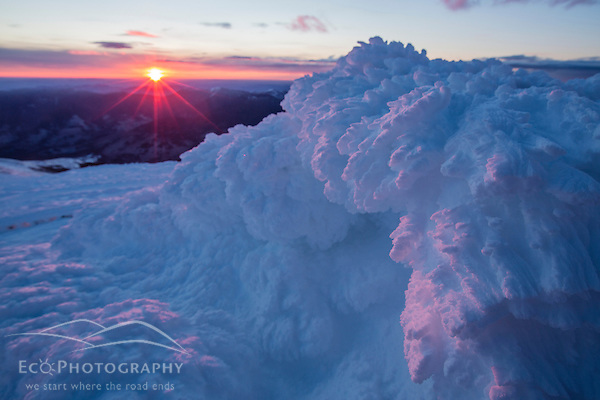 Winter Photography on Mount Washington. Rime ice at sunrise on the summit of New Hampshire's Mount Washington. (Jerry Monkman)
