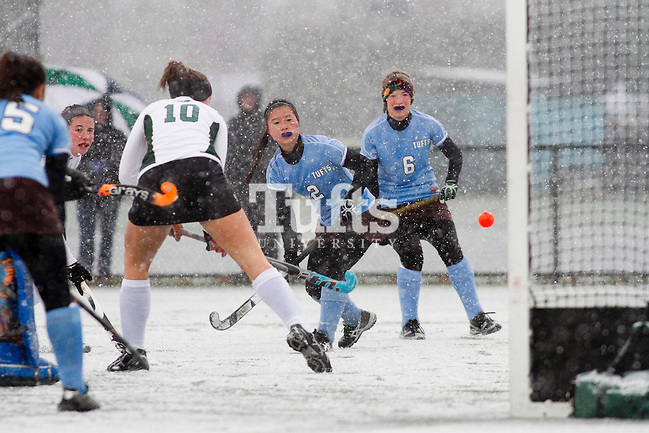 11/07/2012 - Medford, Mass. - Tufts forward Hannah Park, A16, puts a shot on goal in Tufts' 8-0 win over Castleton in the first round of the NCAA Championships at Bello Field on Nov. 7, 2012. (Kelvin Ma/Tufts University)