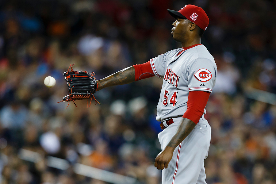 Jun 16, 2015; Detroit, MI, USA; Cincinnati Reds relief pitcher Aroldis Chapman (54) get the ball back from catcher Brayan Pena (not pictured) in the ninth inning against the Detroit Tigers at Comerica Park. Cincinnati won 5-2. Mandatory Credit: Rick Osentoski-USA TODAY Sports (Rick Osentoski/Rick Osentoski-USA TODAY Sports)