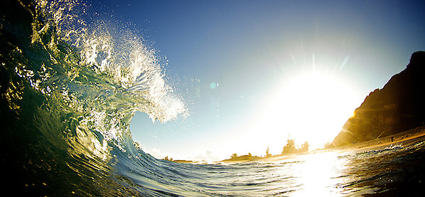 surf photo, Hawaii. (stephane lacasa)
