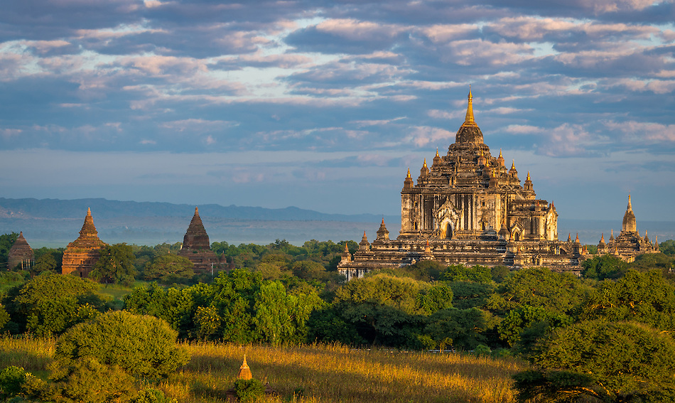 View of the Thatbyinnyu Temple in Bagan, Myanmar (Burma) . This is one of the visited temples in Bagan. It was built in the mid-12th century. (Daniel Korzeniewski)