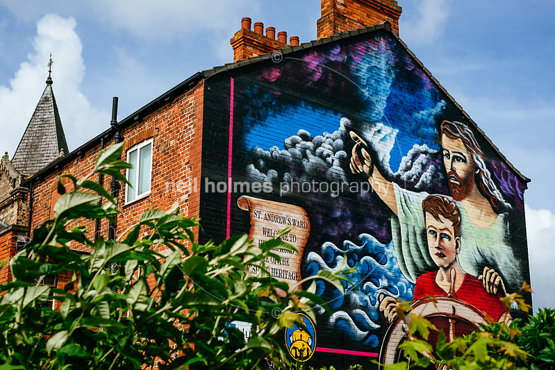 Hessle Road, Kingston Upon Hull, East Yorkshire, United Kingdom, 21 May, 2017. Pictured: Hessle Road Fishing Mural on the side of the old Post Office now Topcolor Fotoworx photo processors (Neil Holmes)