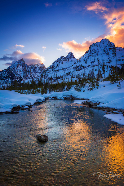 Evening light over the Tetons from Cottonwood Creek in winter, Grand Teton National Park, Wyoming USA (© Russ Bishop/www.russbishop.com)