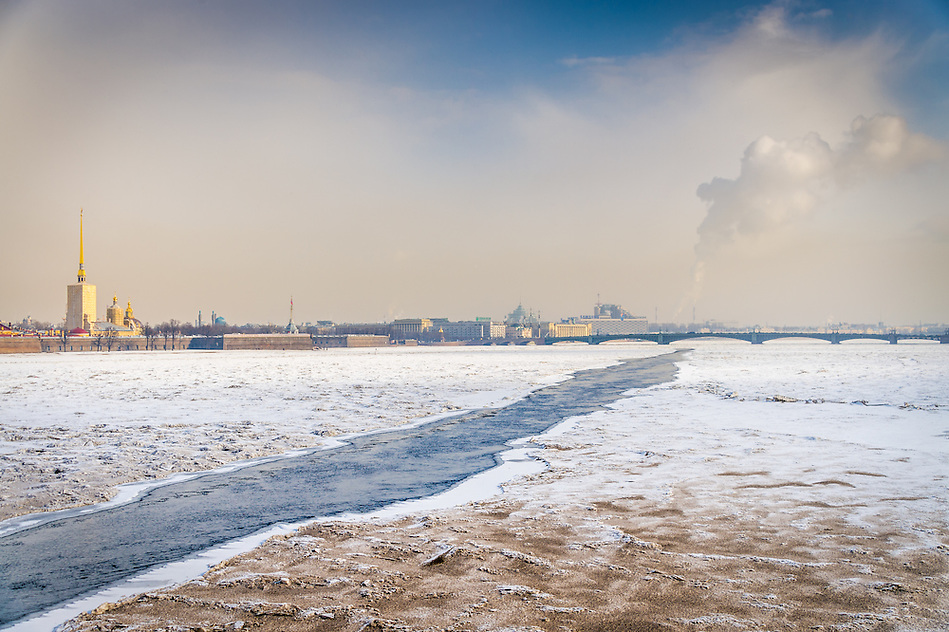 ST. PETERSBURG - CIRCA MARCH 2013:  Frozen Neva River in St. Petersburg, Circa March 2013. The city is a popular tourist destination with 221 museums, 2000 libraries, and 80  plus theaters within the city. (Daniel Korzeniewski)