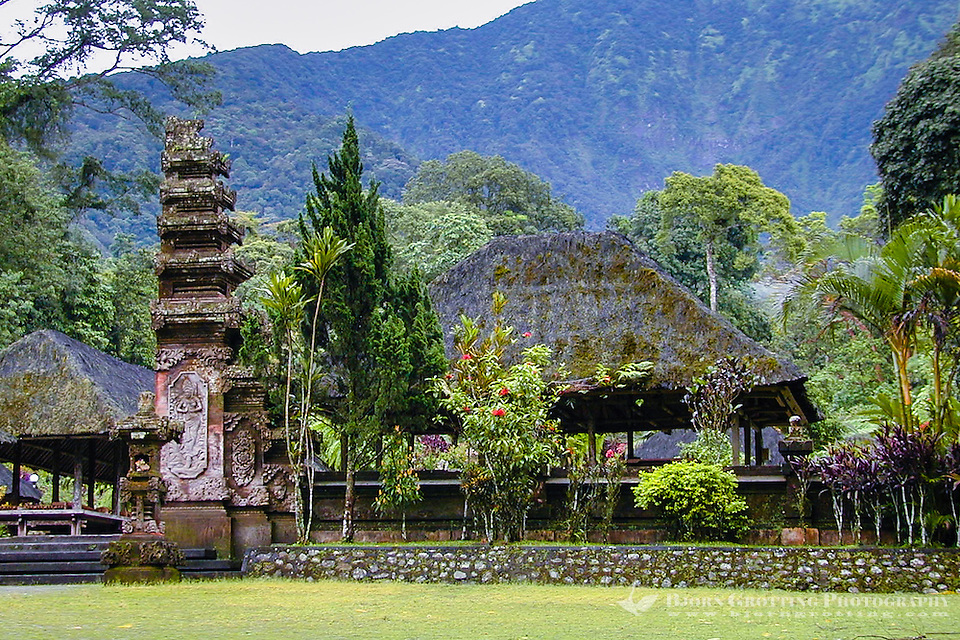 Bali, Tabanan, Batukau. The Pura Luhur Batukau temple sits on the slopes of Gunung Batukau. (Photo Bjorn Grotting)