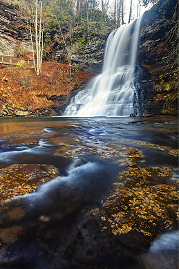Little Stony Creek plummeting over Cascade Falls, Pembroke, Giles County, Virginia, USA