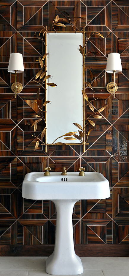 Truman, a Jewel Glass waterjet mosaic shown in Tortoise Shell, is part of the Parquet Line by Sara Baldwin for New Ravenna Mosaics.  As seen in Elle Decor (New Ravenna Mosaics 2012)