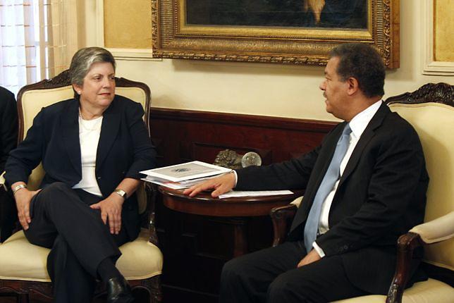 Pelegrín reclama acuerdos con EEUU y Haití sean enviados al Congreso
