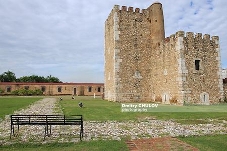 SANTO DOMINGO, DOMINICAN REPUBLIC - NOVEMBER 07, 2012: View to the Ozama Fortress in Santo Domingo, Dominican Republic. UNESCO World Heritage site. (Dmitry Chulov)