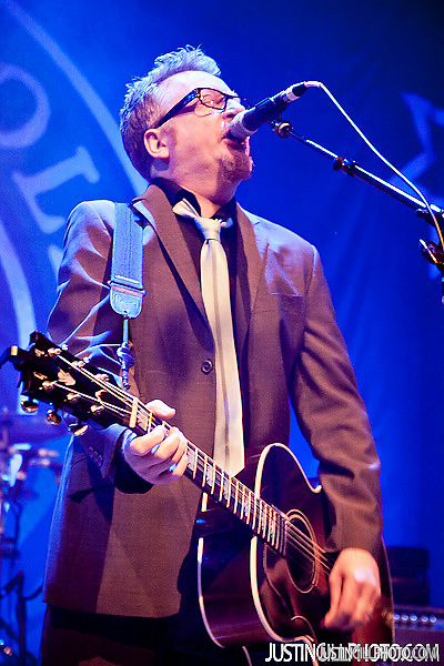 Flogging Molly live concert photo House Of Blues Los Angeles (Justin Gill)