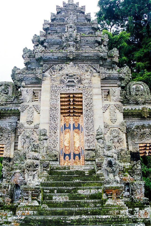 Bali, Bangli, Pura Kehen. The entrance of Pura Kehen, an important temple from the 13th century. (Photo Bjorn Grotting)