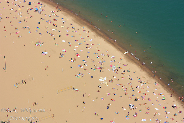 Looking down on the Chicago beach from the John Hancock Center (Ian C Whitworth)