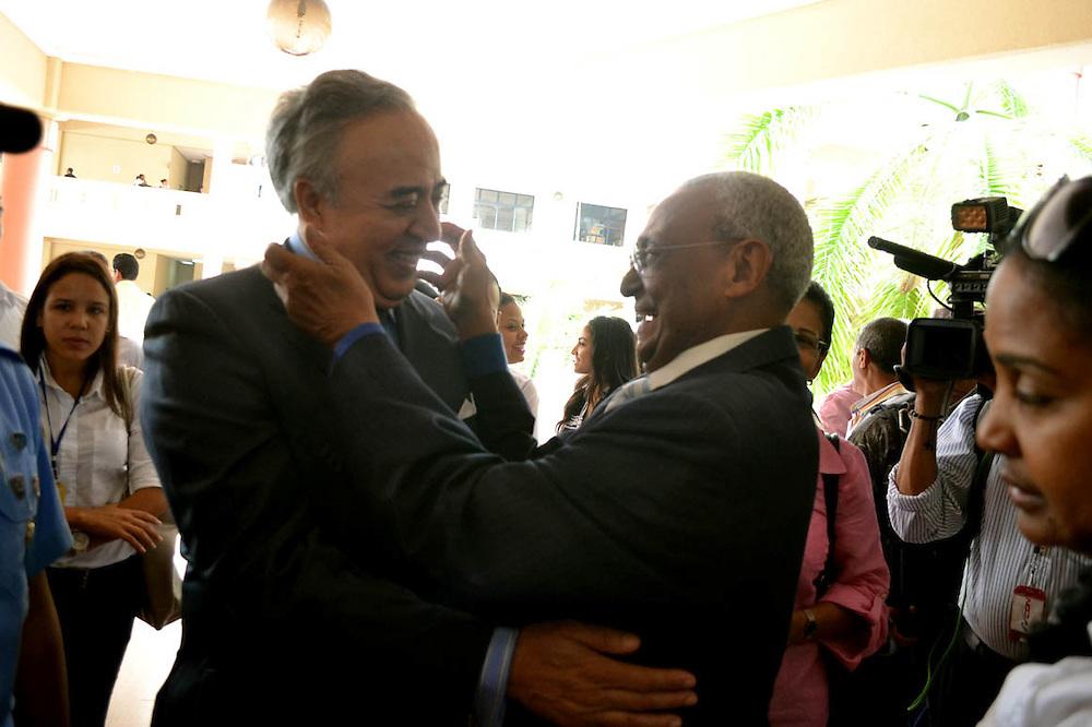 El empresario Félix García fue a expresar su solidaridad a la familia de Negro Veras