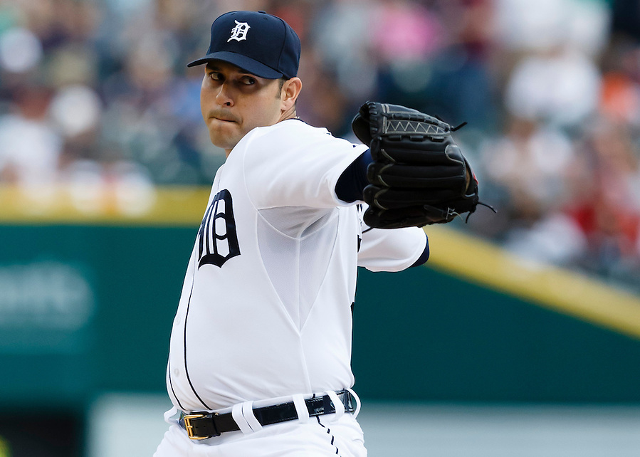 May 23, 2014; Detroit, MI, USA; Detroit Tigers starting pitcher Anibal Sanchez (19) pitches in the first inning against the Texas Rangers at Comerica Park. Mandatory Credit: Rick Osentoski-USA TODAY Sports (Rick Osentoski/Rick Osentoski-USA TODAY Sports)
