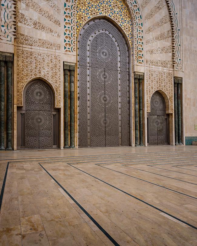 CASABLANCA, MOROCCO - CIRCA APRIL 2017: Mosque Hassan II in Casablanca. (Daniel Korzeniewski)
