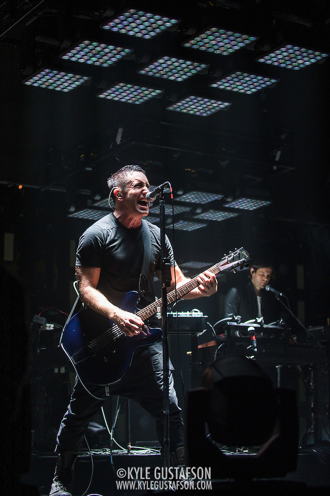 Photos of Nine Inch Nails in Washington DC, Verizon Center | Kyle ...
