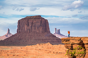 Photographer Jim Osterhout shooting it out at John Ford Point in Monument Valley Arizona. (Daryl L. Hunter)