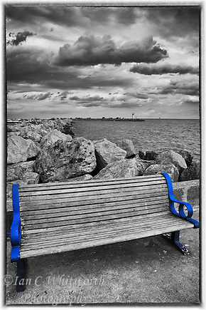 Keeping the blue frame on the Bronte Harbour bench in B&W (Ian C Whitworth)