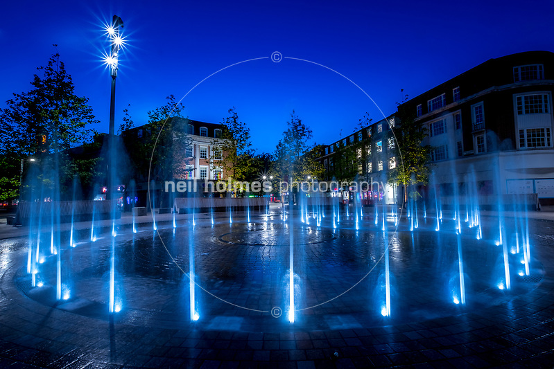 Queen Victoria Square, Kingston Upon Hull, East Yorkshire, United Kingdom, 25 July, 2017. Pictured: Queen Victoria Square dancing fountains, unveiled 30 May 2017 as part of the cities 25million pound city-centre facelift. (Neil Holmes)