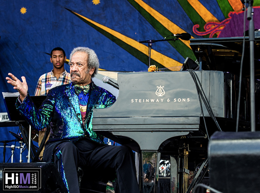 Allen Toussaint at Jazz Fest 2015 (HIGH ISO Music, LLC)