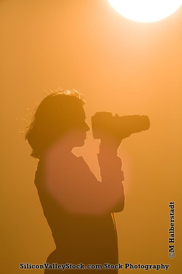 Woman Silhoutte (M Halberstadt/SiliconValleyStock.com)