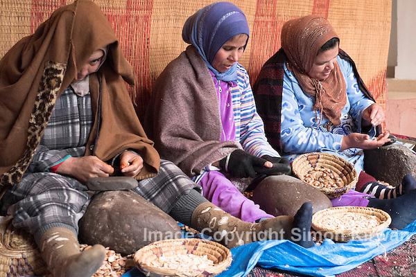 Takarkourte Womens Argan Oil Co-Operative, Tahannaout, Morocco - Photo By Simon Kirwan