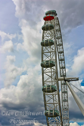The London Eye against a cloudy backdrop (Ian C Whitworth)