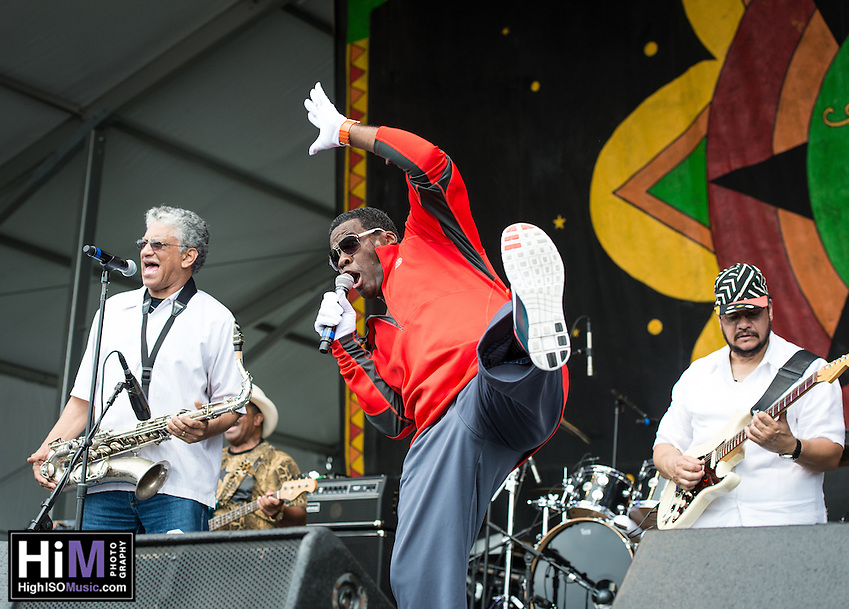 Chocolate Milk performs on Day 3 of the 2014 New Orleans Jazz and Heritage Festival. (HIGH ISO Music, LLC)