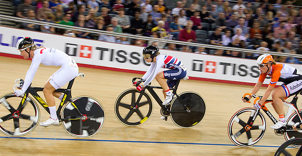 07 DEC 2014 - STRATFORD, LONDON, GBR - Laura Trott (GBR) (centre) racing for Great Britain rides between her nearest rivals Jolien D'Hoore (BEL) (left) of Belgium, and Kirsten Wild (NED) (right) racing for the Netherlands, during the Omnium Points Race on her way to winning the overall event at the 2014 UCI Track Cycling World Cup at the Lee Valley Velo Park in Stratford, London, Great Britain (PHOTO COPYRIGHT © 2014 NIGEL FARROW, ALL RIGHTS RESERVED) (NIGEL FARROW/COPYRIGHT © 2014 NIGEL FARROW : www.nigelfarrow.com)
