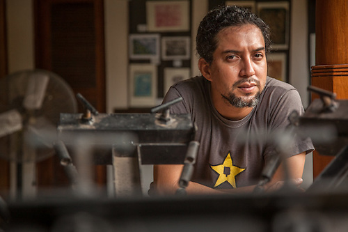 Print maker Alejondro  Castello at the school of the Arts, Granada, Nicaragua, Central America (Clark James Mishler)