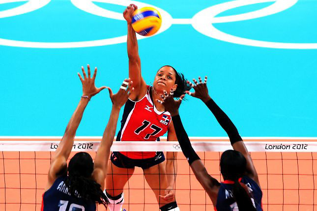 EEUU fulmina a la luchadora Rep&uacute;blica Dominicana en voleibol